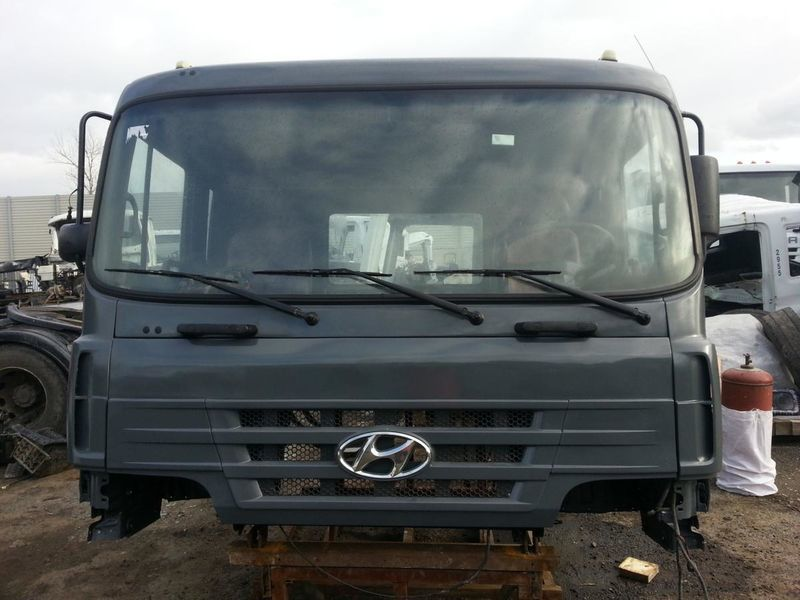 HYUNDAI cab for HYUNDAI HD 170 250 270 370 450 500 truck