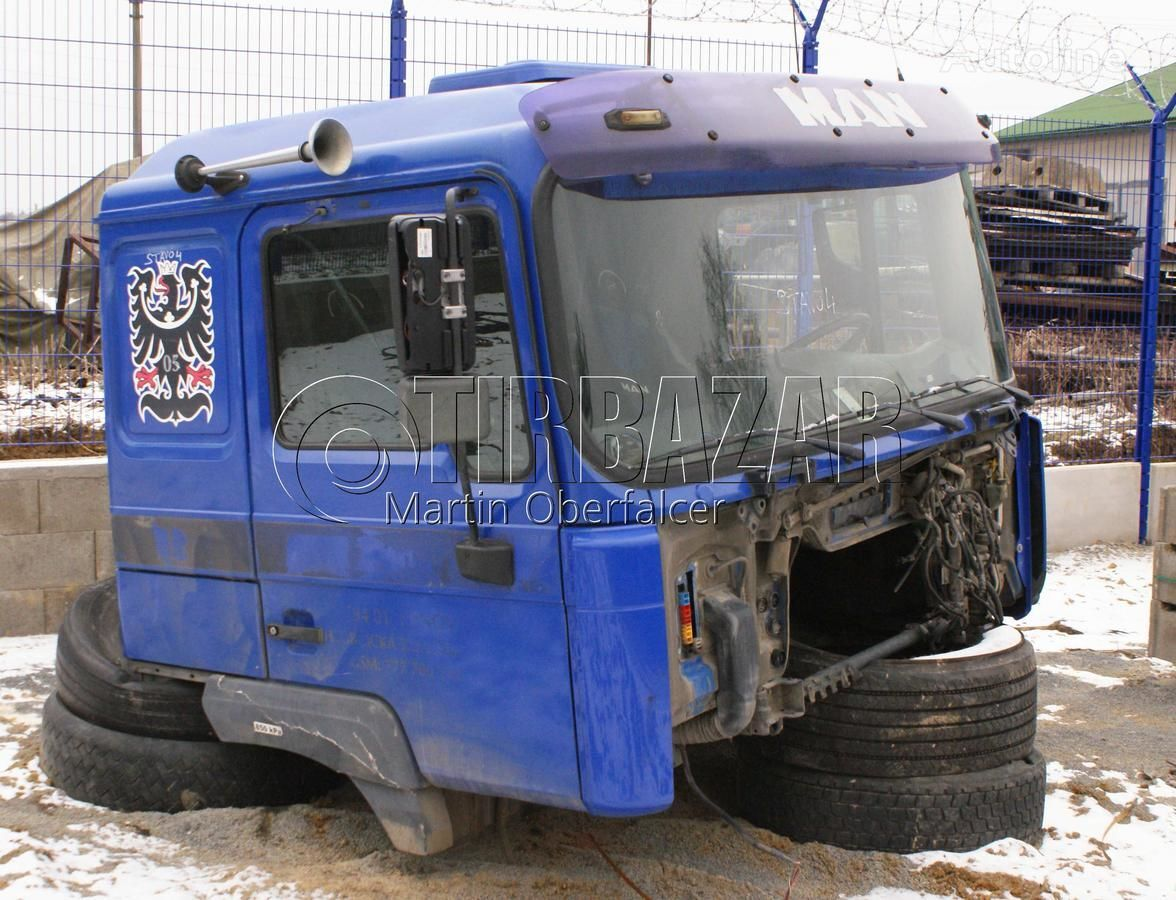 MAN kabina F2000 cab for MAN kabina F2000 tractor unit