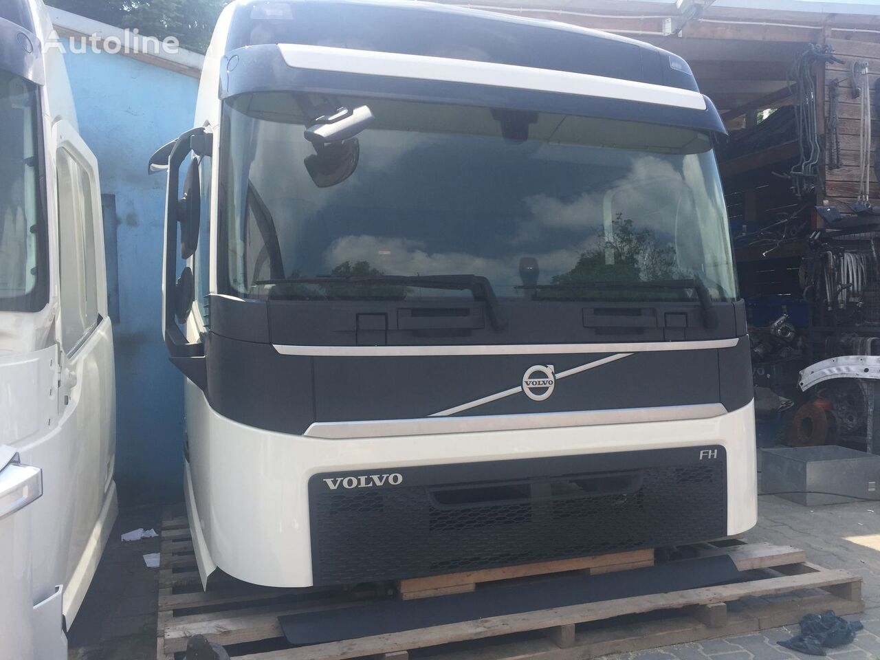 W Ultra VOLVO cabins for VOLVO FH 4 euro6 truck for sale from Poland, buy FX79