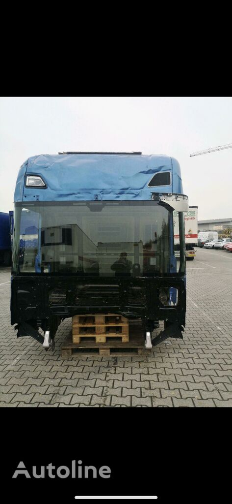 damaged SCANIA R S NGT uszkodzona cabin for SCANIA tractor unit