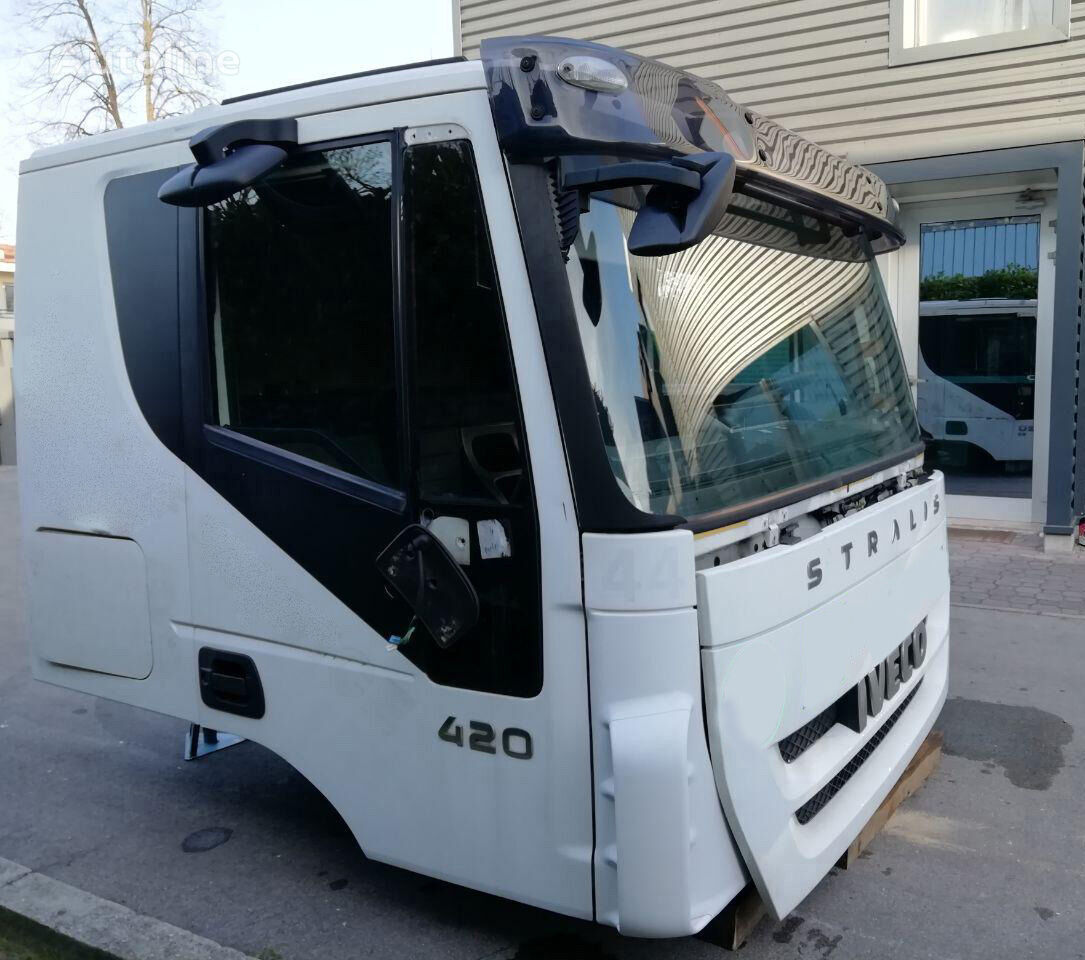 IVECO STRALIS AT cabin for IVECO STRALIS Low Roof Sleeper Euro 5 tractor unit