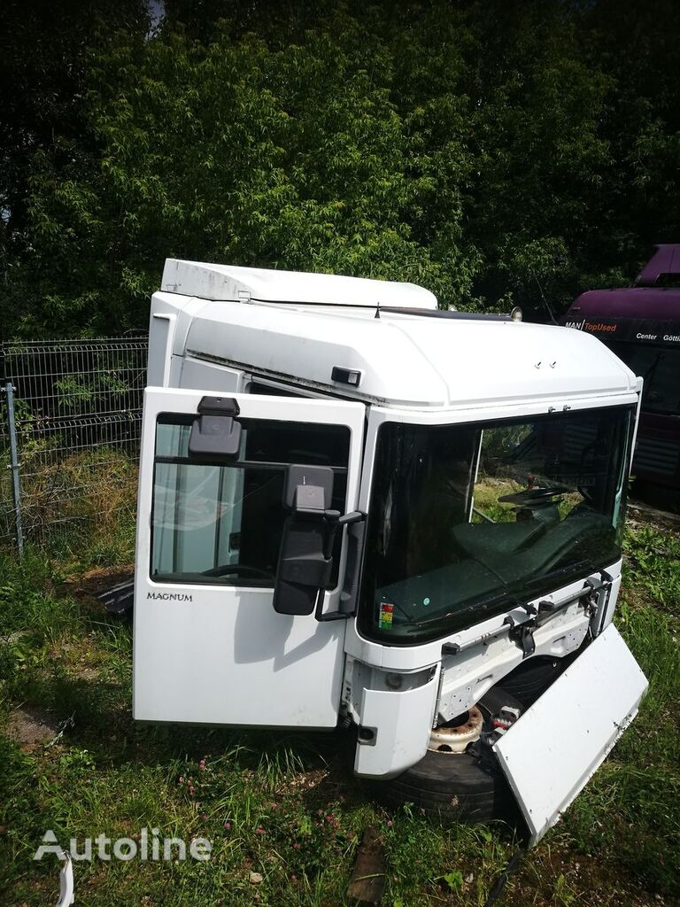 RENAULT DXI13 cabin for RENAULT MAGNUM tractor unit