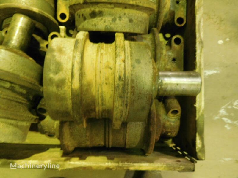 LIEBHERR carrier roller for LIEBHERR R932 Li/R932 Li T/R942 LI/R944/R944B/R944C Li/R952 Li/R954B/R954C/R962 HD excavator