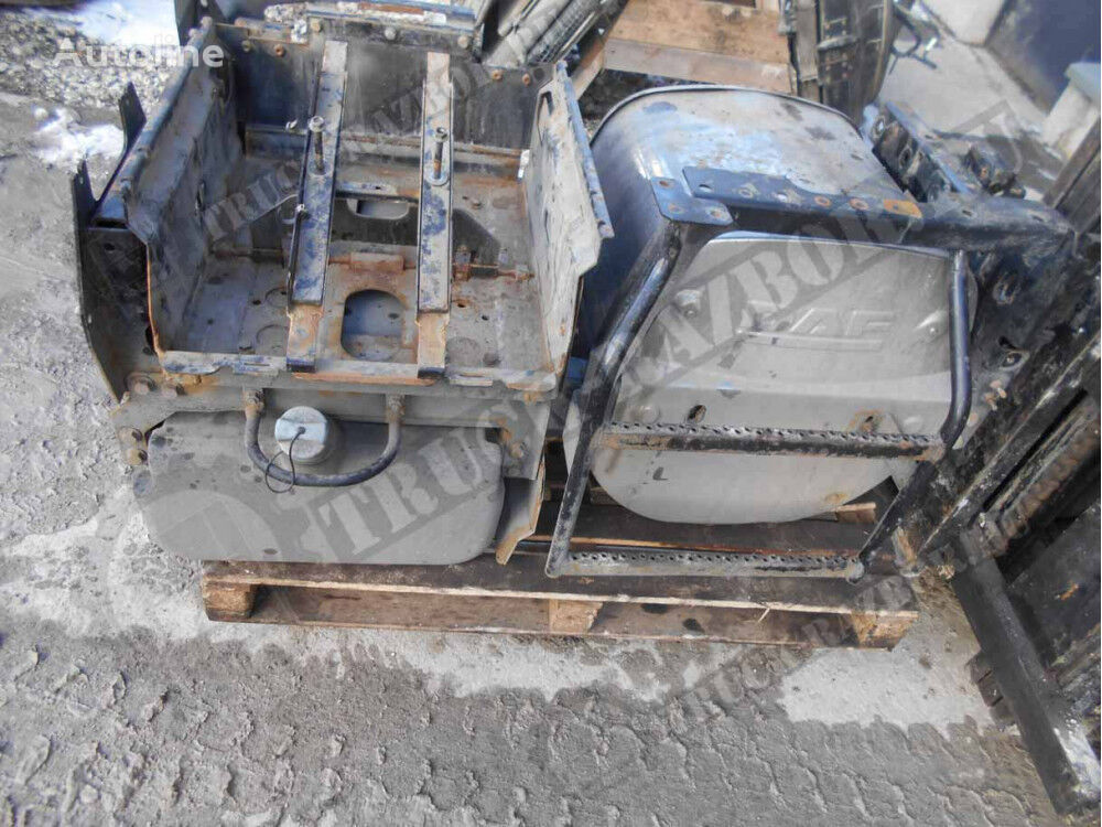 DAF + akkumulyatornyy yashchik v sbore catalyst for DAF tractor unit
