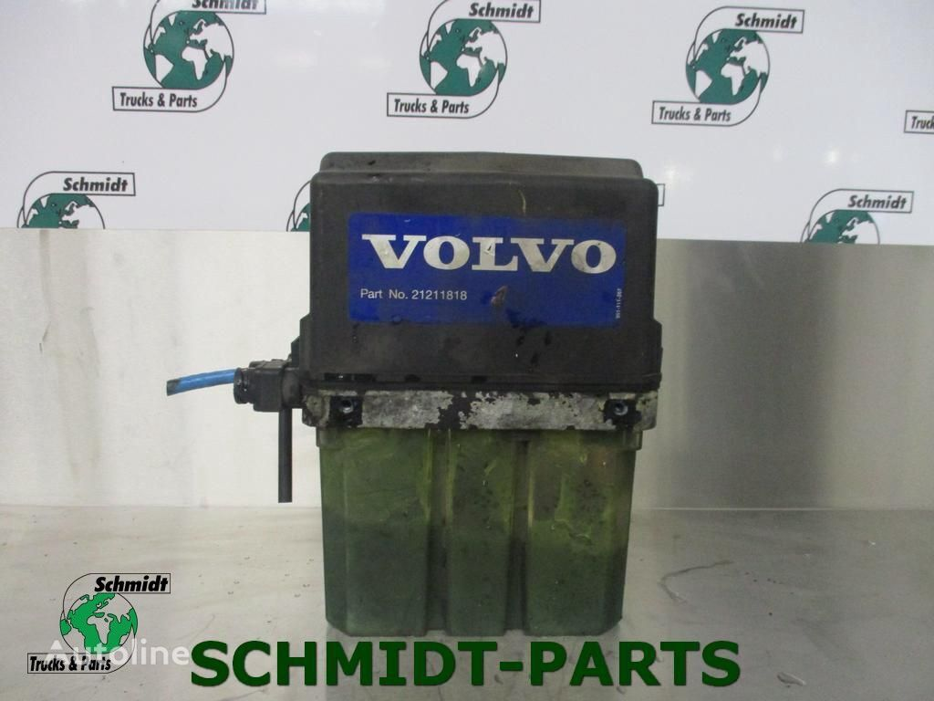VOLVO Centrale Smeerpomp (21211818) central lubrication for tractor unit