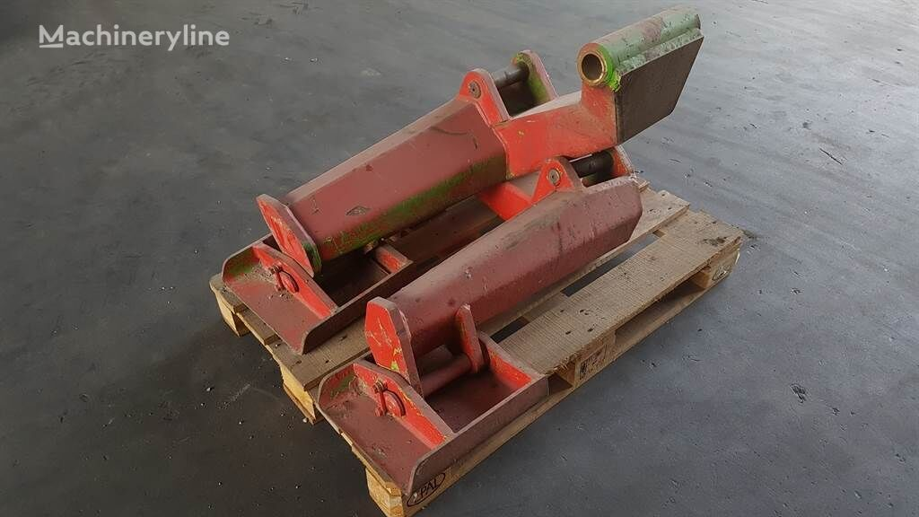 MERLO P 35 - Outrigger/Pratzen/Stempelpoot chassis for other construction machinery