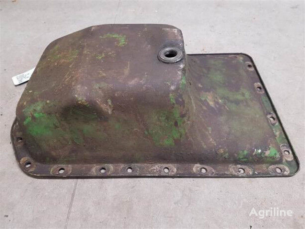 crankcase for JOHN DEERE AT18180 tractor