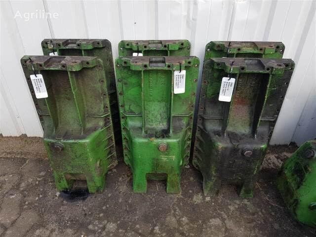 R78032 Bundkar crankcase for JOHN DEERE tractor