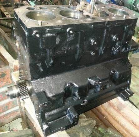 cylinder block for JOHN DEERE Serie 6000 tractor
