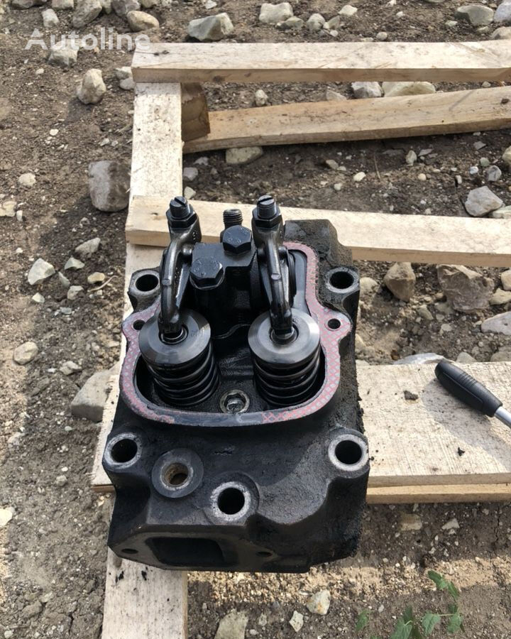 cylinder head for bus