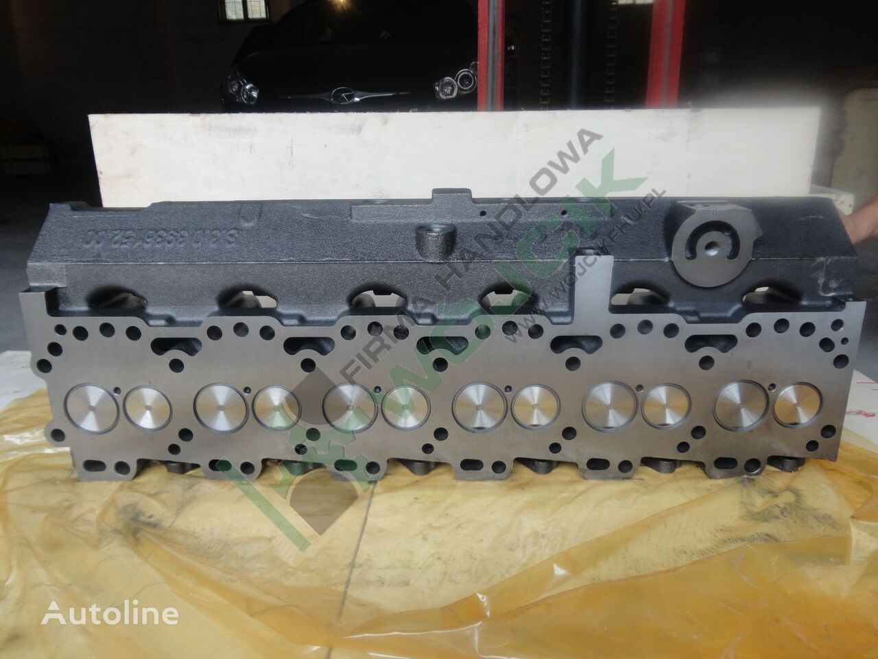 new cylinder head for other construction machinery