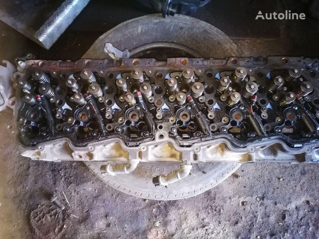 DAF cylinder head for DAF XF 105.460  , 1695612 tractor unit
