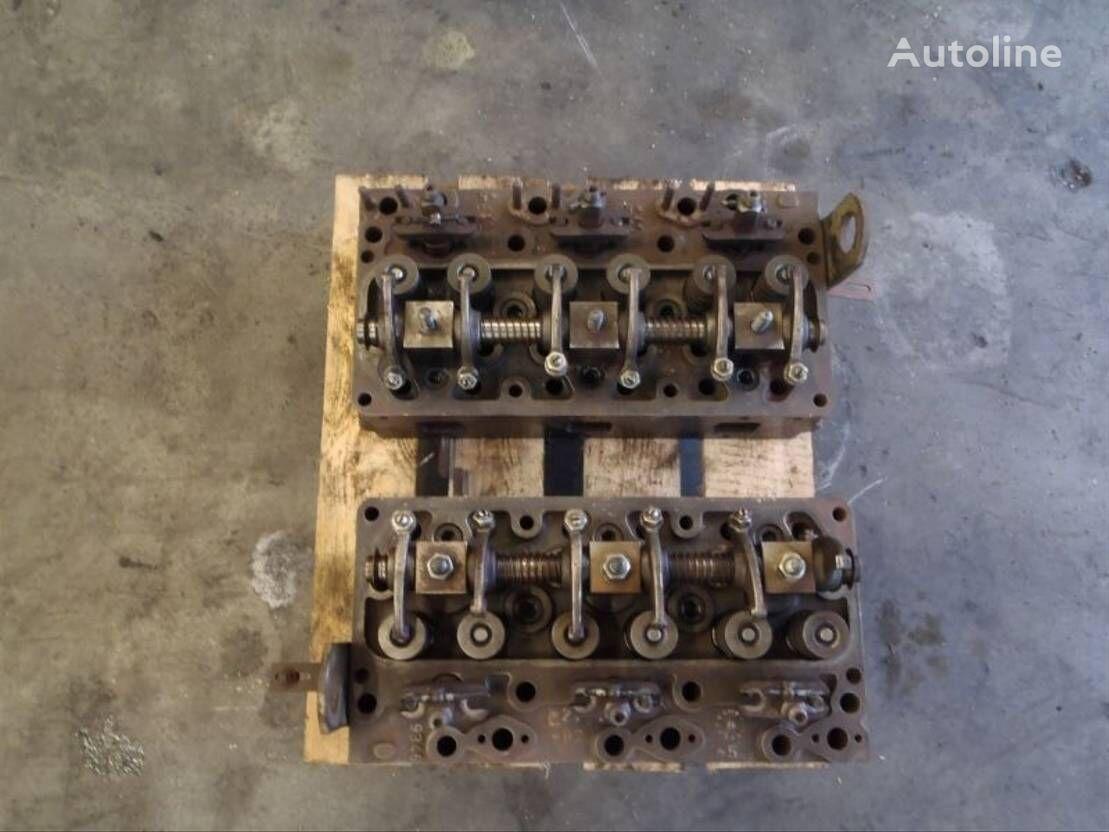 DAF CILINDERKOP cylinder head for DAF 825 truck