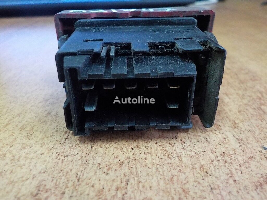 Knopka avariynoy signalizacii dashboard for RENAULT tractor unit