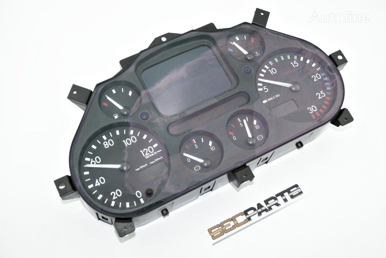 DAF 1743497 dashboard for tractor unit