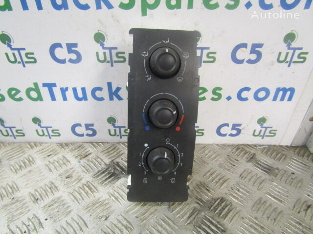 DAF LF 220 dashboard for truck