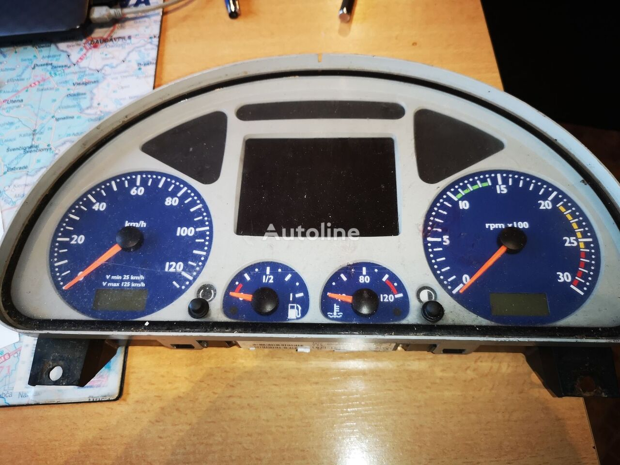 IVECO dashboard for IVECO Stralis 504025356 tractor unit