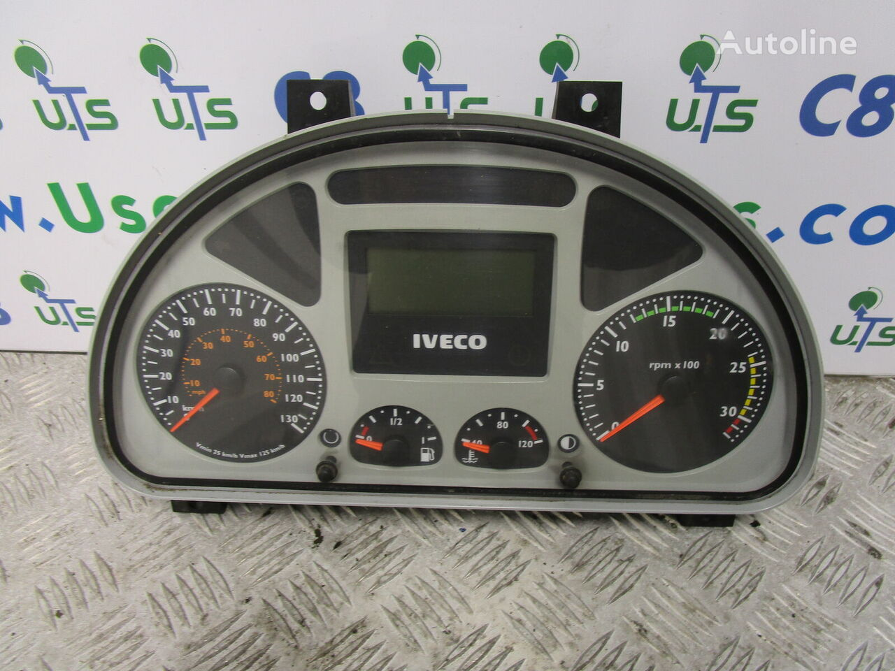 IVECO TECTOR CLOCK CLUSTER P/NO dashboard for IVECO truck