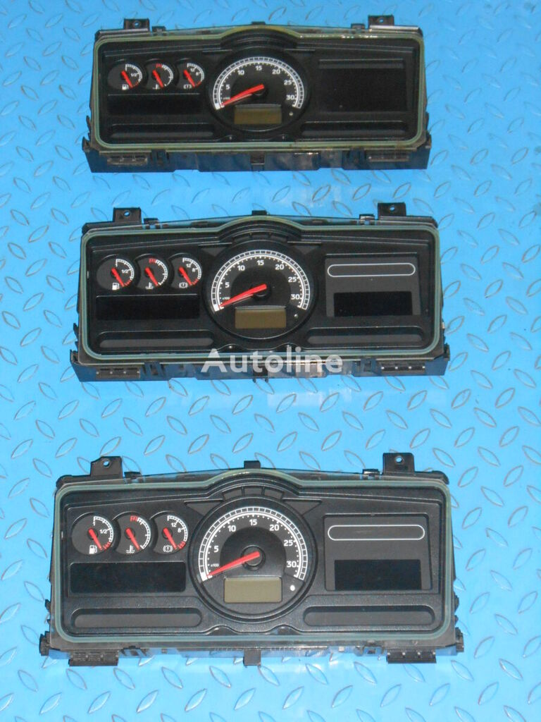 RENAULT dashboard for tractor unit