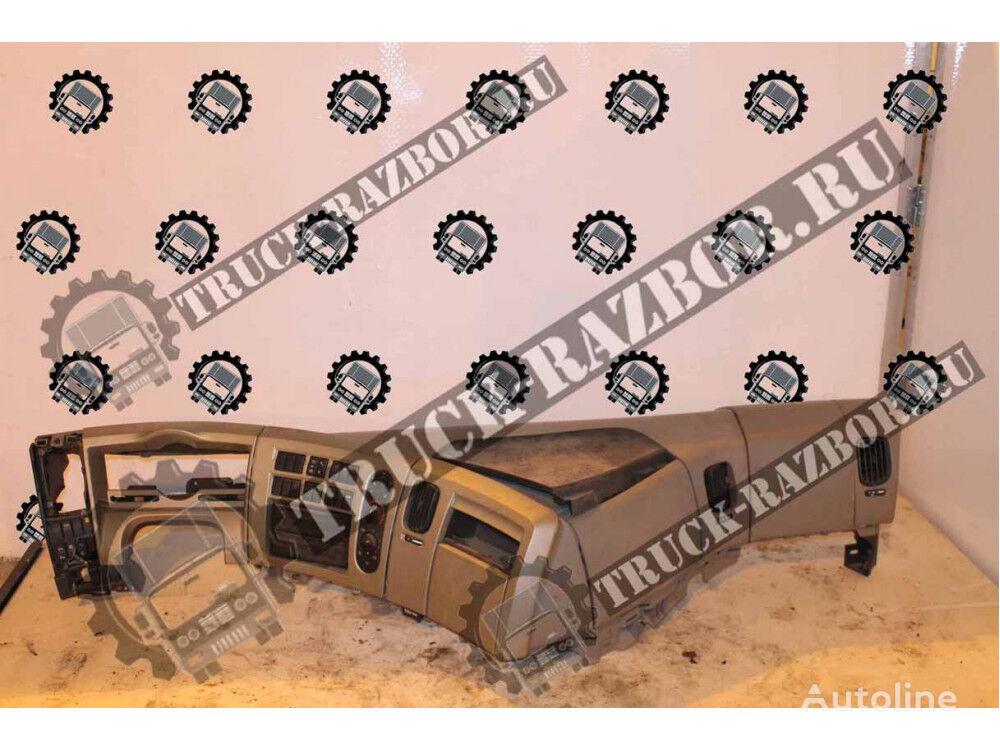 RENAULT detal torpedy (5010605731) dashboard for RENAULT Premium tractor unit