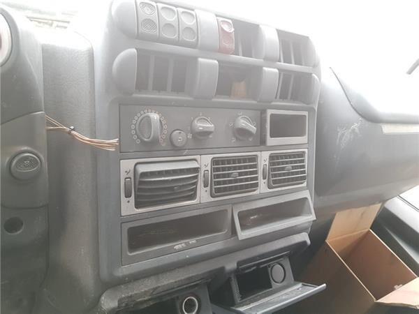 SALPICADERO CENTRAL dashboard for IVECO EuroCargo tector Chasis (Modelo 180 E 21) [5,9 Ltr. - 154 kW Diesel] truck
