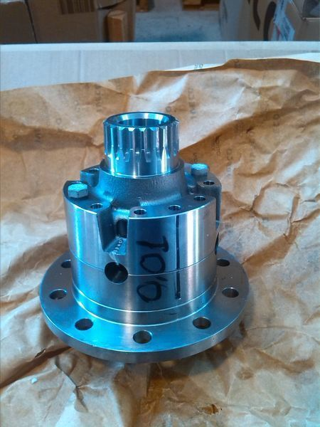 new IVECO CARCASA DIFERENCIAL differential for IVECO DAILY 59,12 / EUROCARGO 60-75 van
