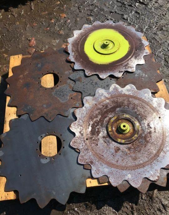 Koło Zgarniające disk for CLAAS RU 600 XTRA grain header