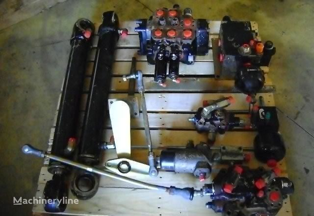 FIAT-HITACHI distributor for FIAT-HITACHI  W 230 wheel loader