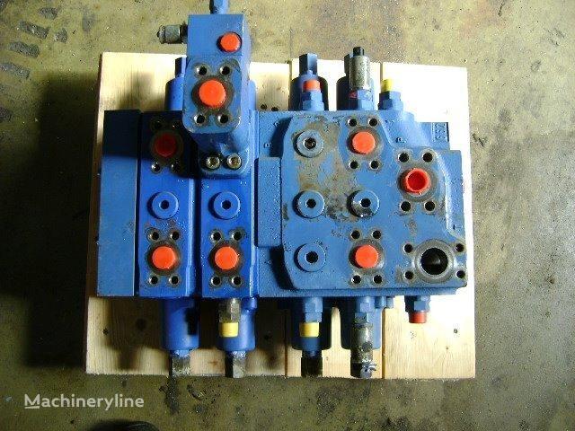 LIEBHERR Distributor distributor for LIEBHERR 632 track loader