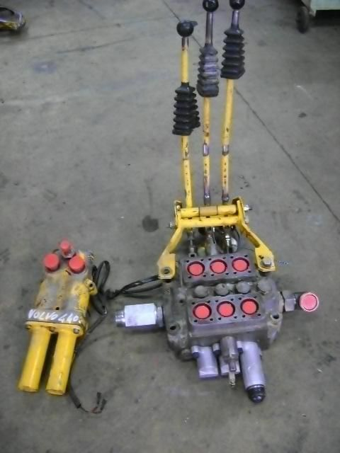 VOLVO distributor for VOLVO 4400 wheel loader