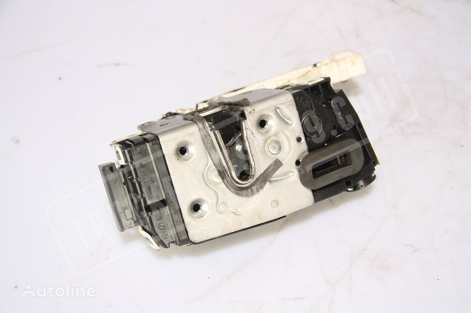 MERCEDES-BENZ (9067303535) door lock for MERCEDES-BENZ Sprinter commercial vehicle