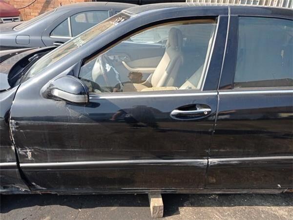 Puerta Delantera Izquierda Mercedes-Benz Clase S Berlina (BM 220 (A220720010528) door for MERCEDES-BENZ Clase S Berlina (BM 220)(1998->) 3.2 320 CDI (220.026) [3,2 Ltr. - 145 kW CDI CAT] automobile