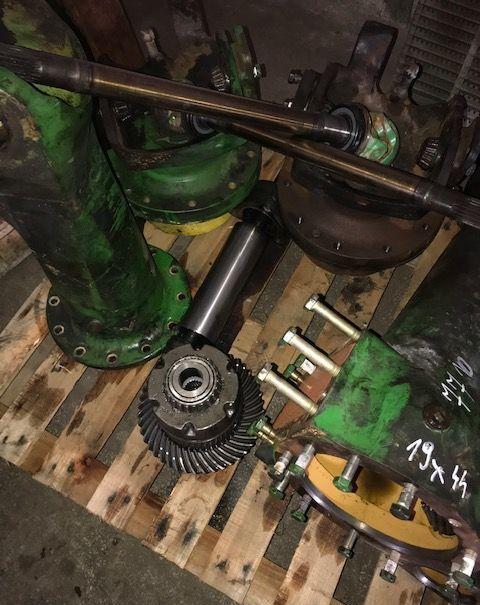 drive axle for JOHN DEERE 7810 tractor
