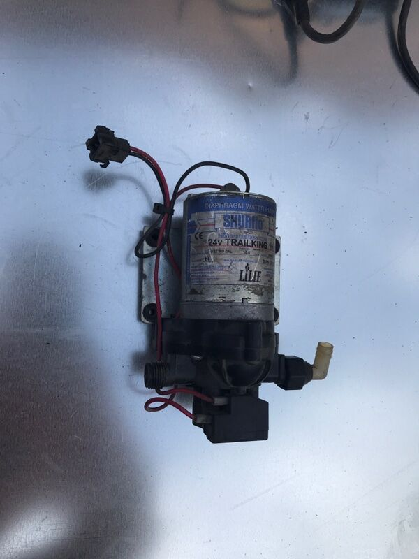 engine cooling pump for TRAILKING 10 24V bus