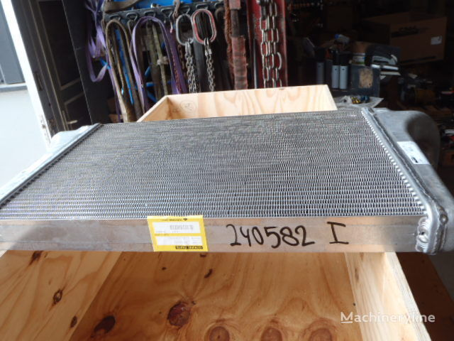 new CASE T.RAD 1396-021-1000 engine cooling radiator for CASE CX330 excavator