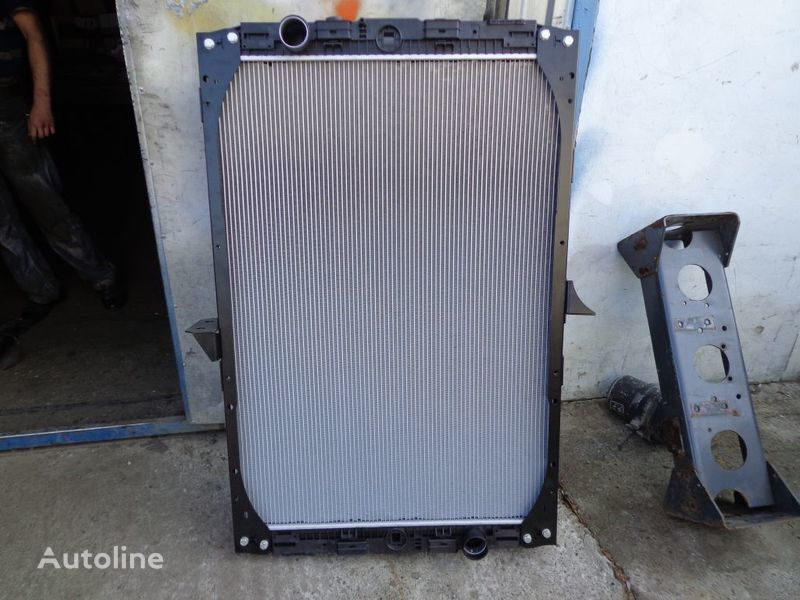 new DAF engine cooling radiator for DAF XF tractor unit