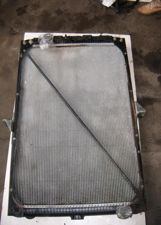 DAF engine cooling radiator for DAF XF 105 truck