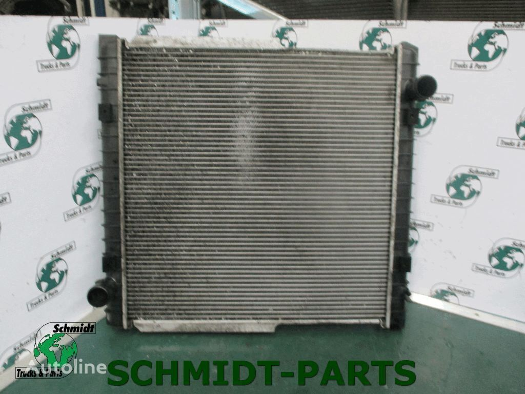 IVECO (504080547) engine cooling radiator for IVECO truck