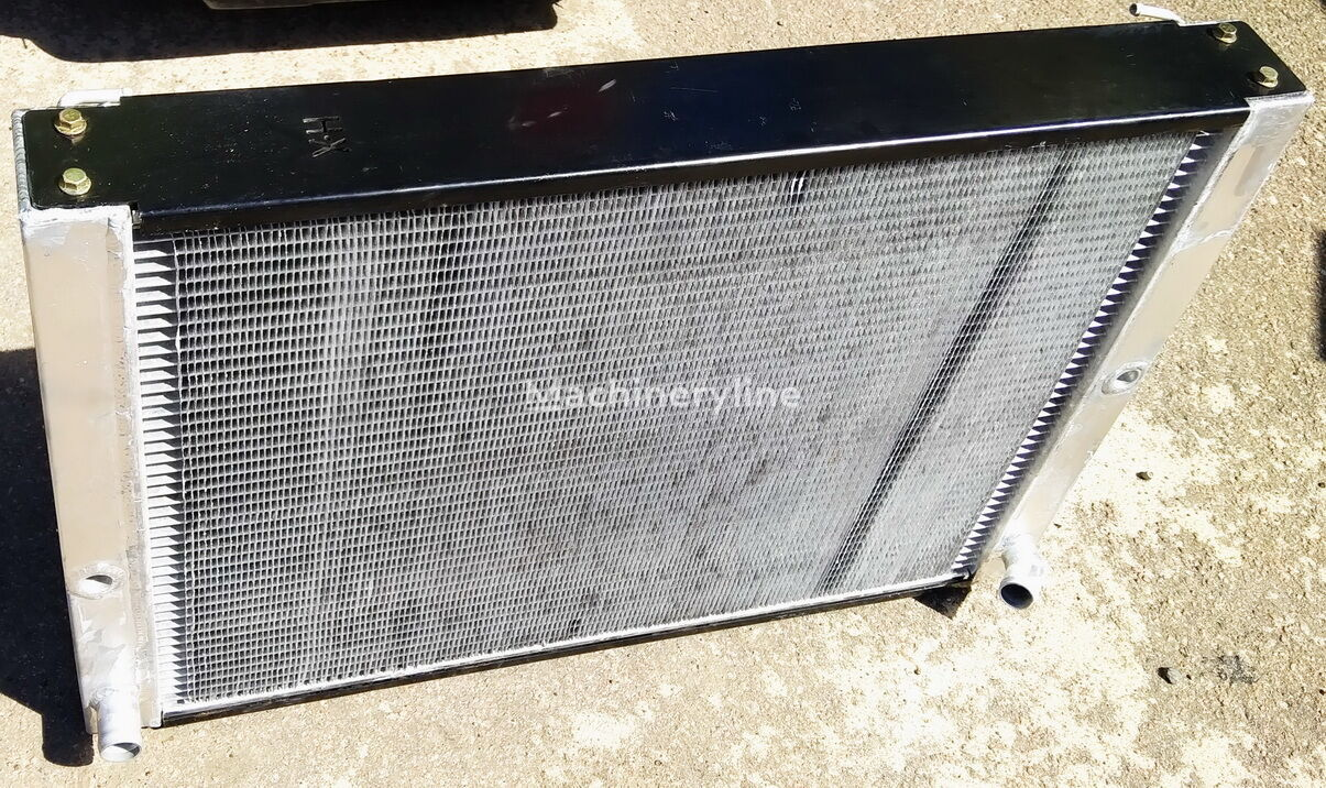 Kylare BV206 D6 & V6 Petrol (breddad) engine cooling radiator for other municipal vehicles