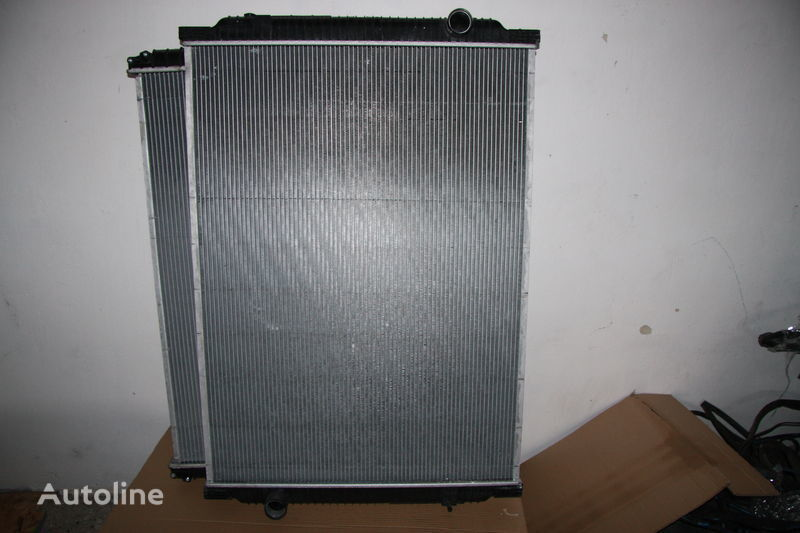 new RENAULT PREMIUM 420dci engine cooling radiator for tractor unit