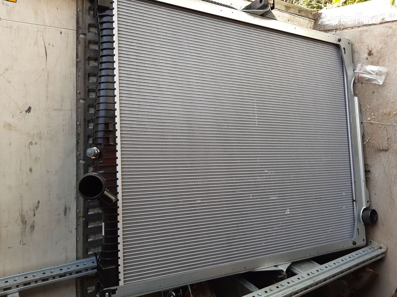new VOLVO engine cooling radiator for VOLVO FH4 tractor unit