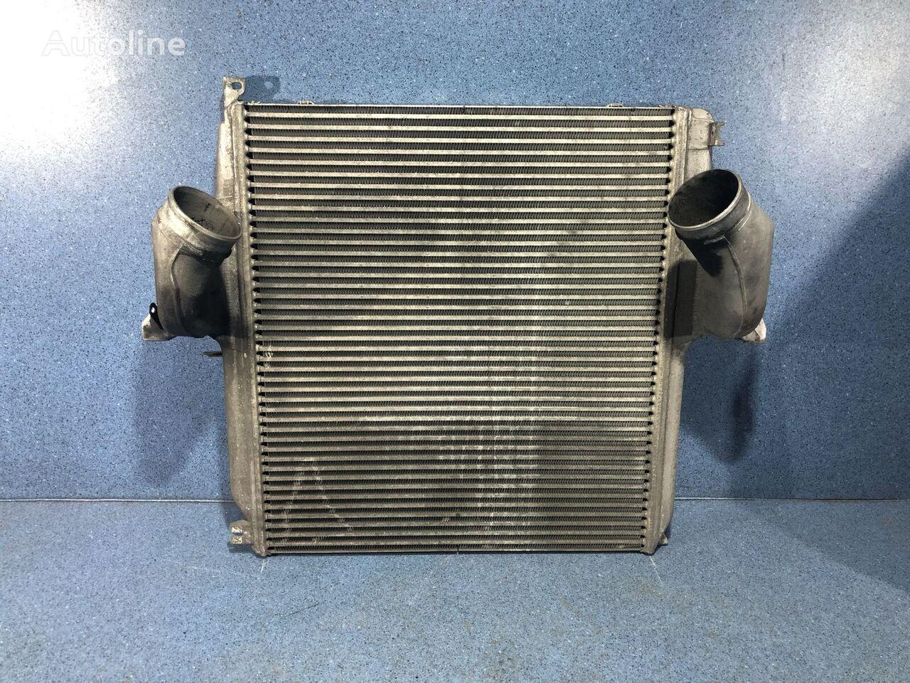 Interkuler engine cooling radiator for truck