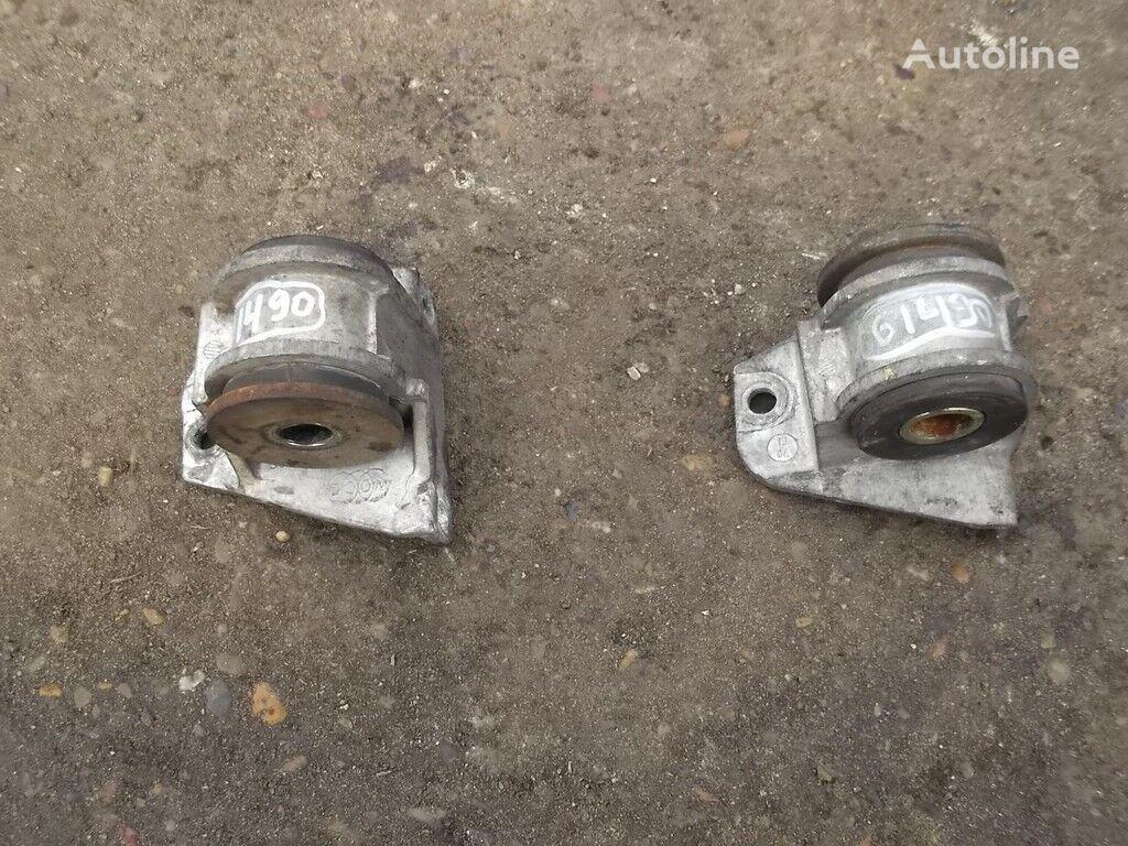 Podushka MAN engine cooling radiator for truck