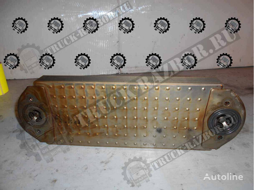 VOLVO engine oil cooler for VOLVO tractor unit
