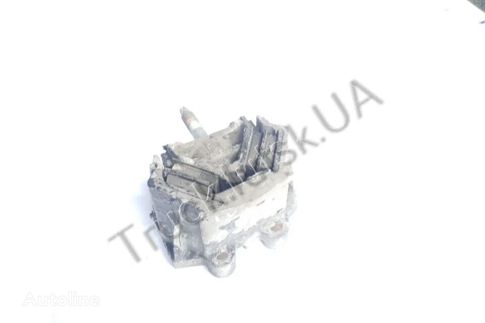 (81962100635) engine support cushion for MAN TGM  tractor unit