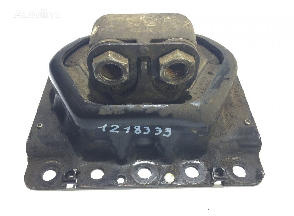 Right engine support cushion for VOLVO FH16 (2002-2012) tractor unit