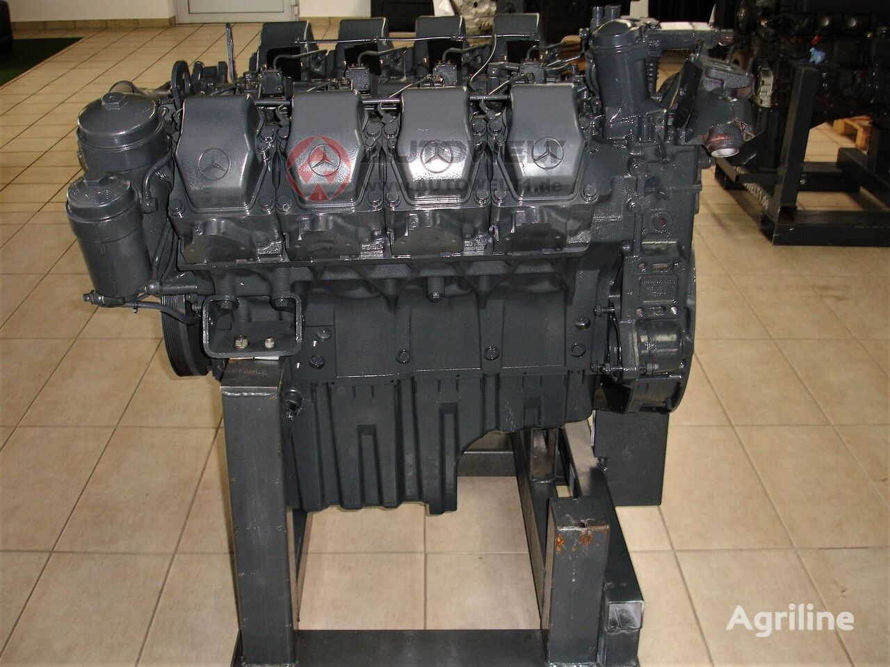 new MERCEDES-BENZ OM 502 LA engine for CLAAS Jaguar grain harvester