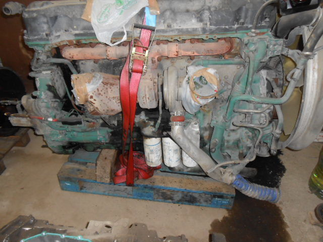 D13A480EC01 VOLVO ENGINE KW353/480 cm³ 12780 engine for VOLVO FH13 440/480 tractor unit
