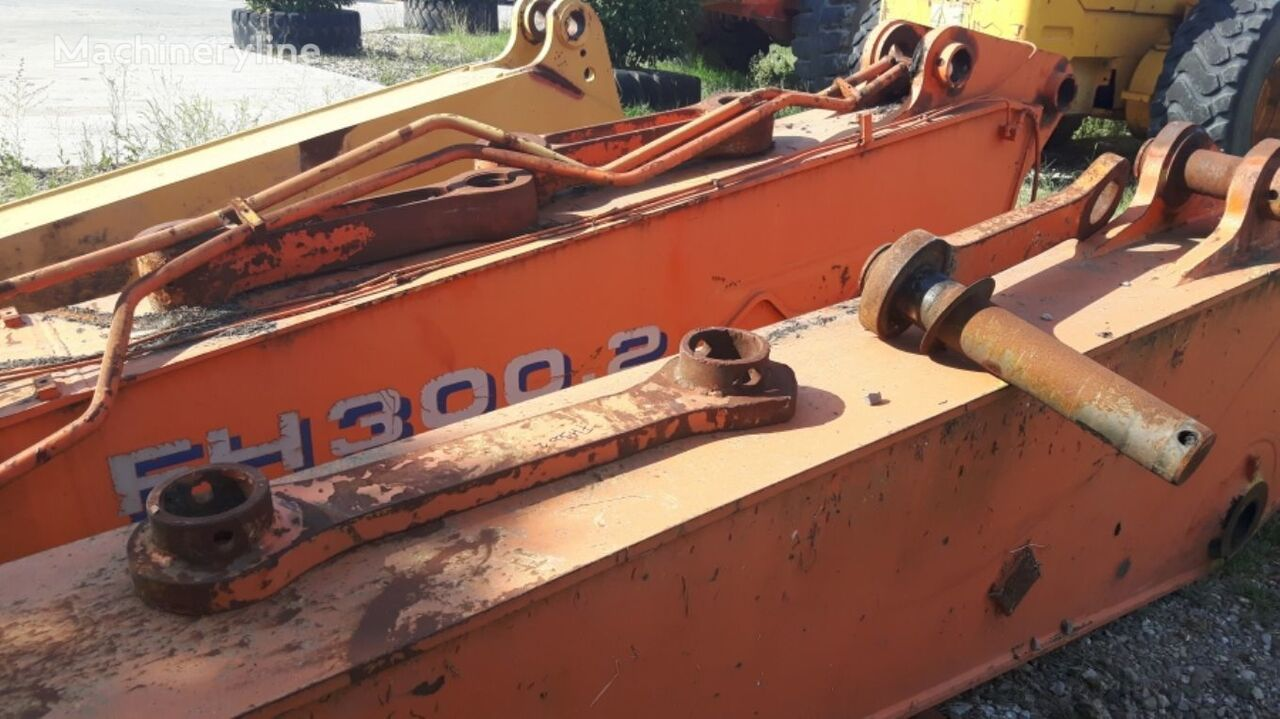 BOOM AND ADJUSTABLE-VARIABLE BOOM WITH SOME PINS. LINKAGE 30T038 excavator boom for FIAT-HITACHI FH300.2   excavator
