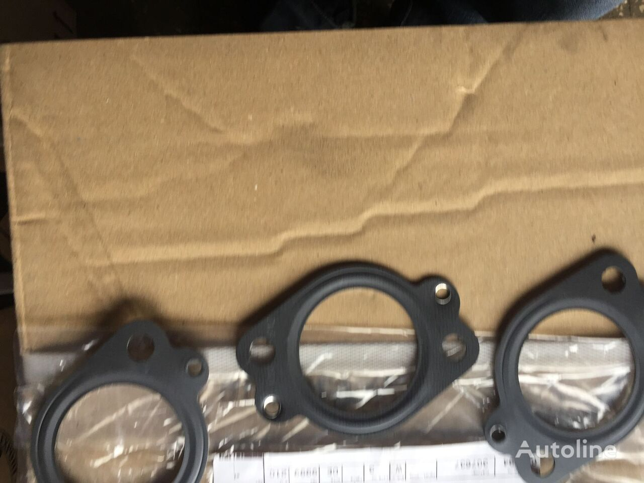 new exhaust manifold gasket for VOLVO FH,FM,FMX,FE,FL truck
